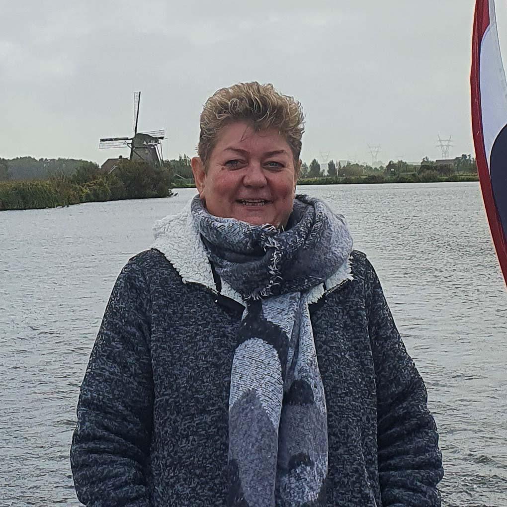 Helen Vlieger-Lezinsky